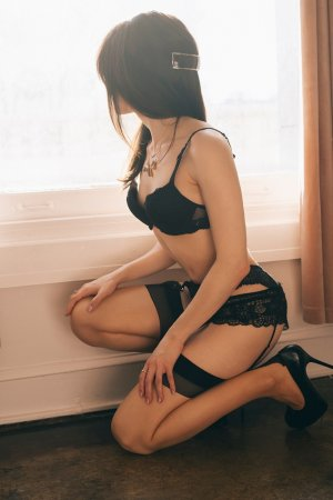 Sayma escorts in Richmond