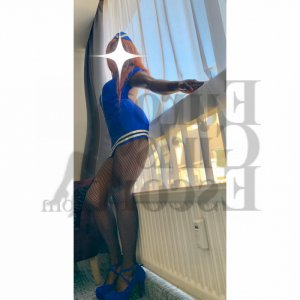 Taliah live escort in Brooklyn OH