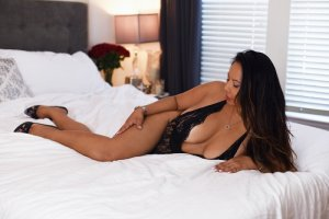 Anaelle busty escort girls
